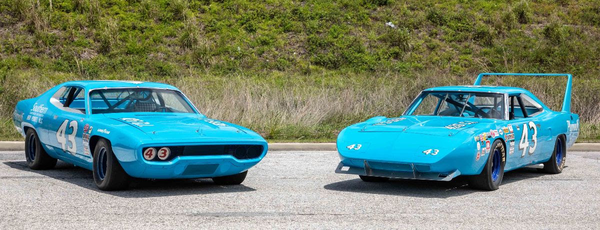 3. RICHARD PETTY_1971 Plymouth Road Runner-and-1970 Superbird