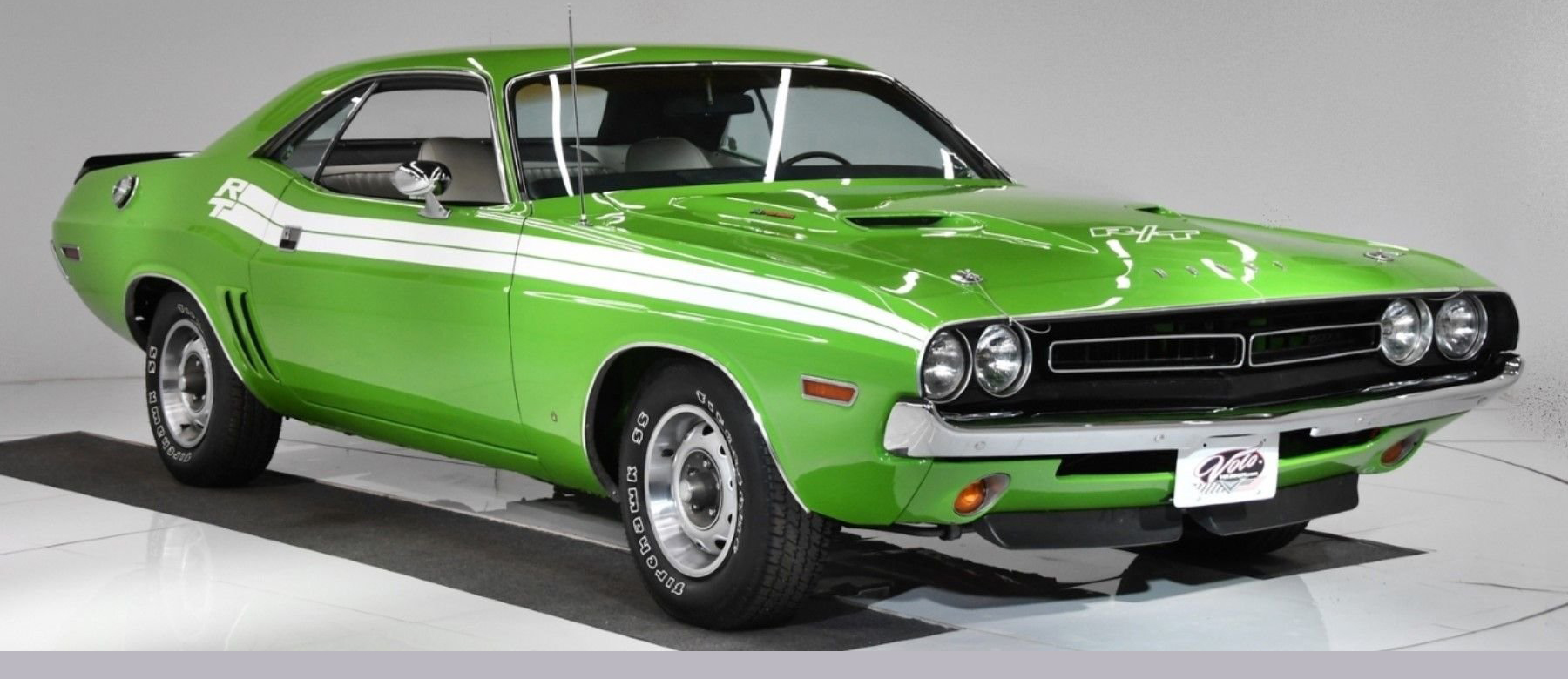 5. 1971 Dodge Challenger_RT