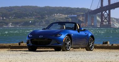 2020_Mazda_MX-5_Miata_Front_left_1_edited-1