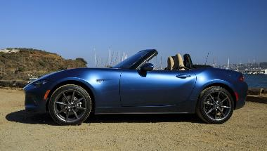2020_Mazda_MX-5_Miata_Side_left_1_edited-1