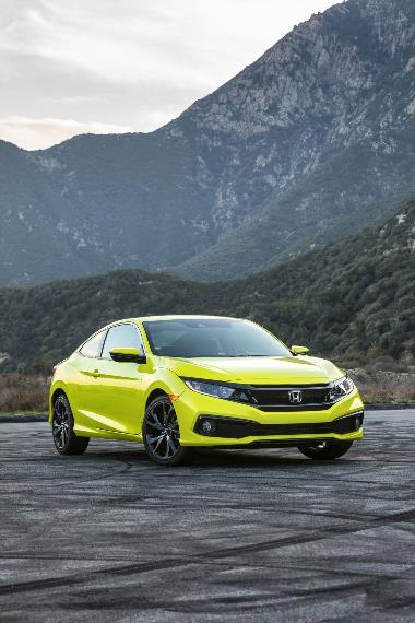 2019 Honda Civic Sport_front_right